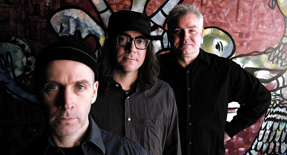 The Messthetics (members of Fugazi), Lisa Bella Donna, Unmonumental